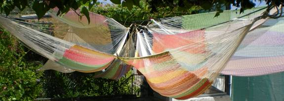 hammocks Yucatan washing